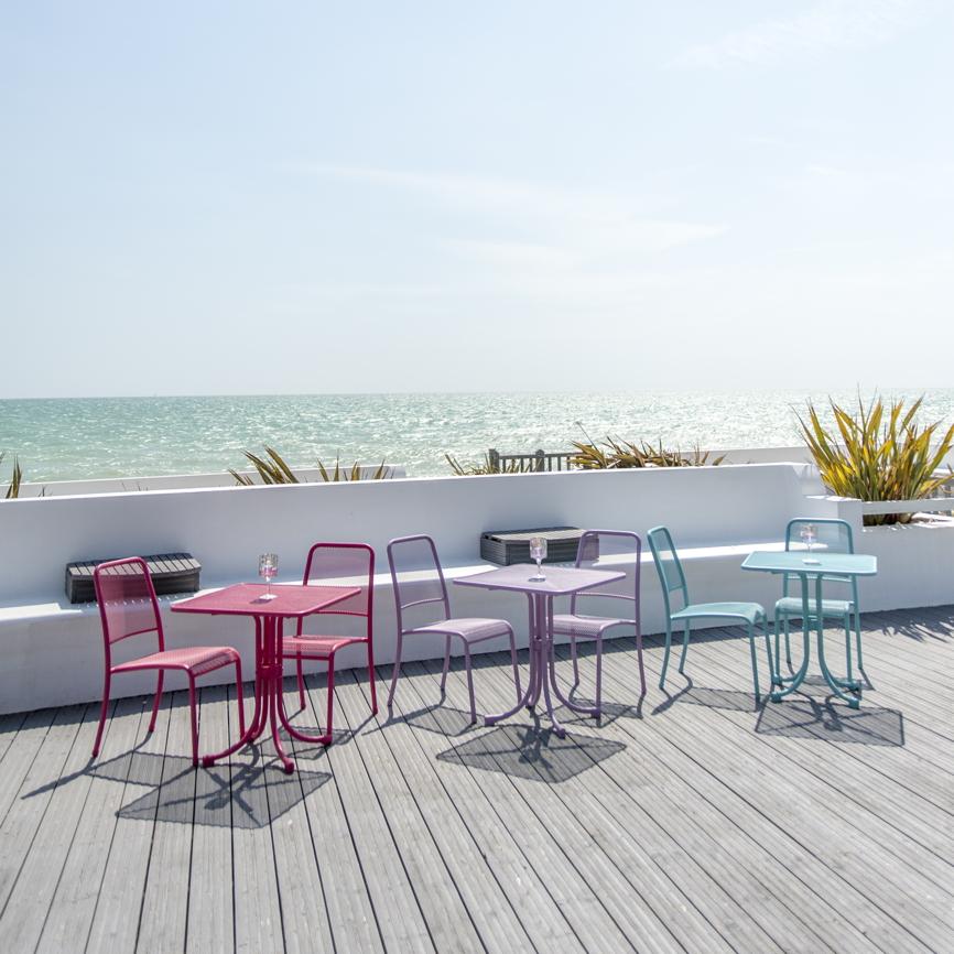 gartenstuhl alexander rose portofino lila stapelstuhl. Black Bedroom Furniture Sets. Home Design Ideas